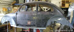 IRISH CKD 1953 OVAL VW BEETLE PROJECT (122)HENRY .JPG (111657 bytes)